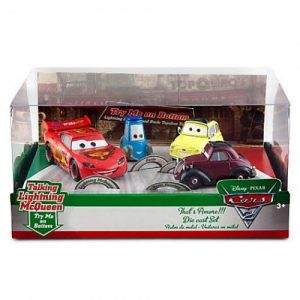 Disney / Pixar CARS 2 Movie Exclusive 148 Die Cast Car 4Pack Thats Amore Lightning McQueen, Guido, Luigi Uncle Topolino