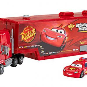 Disney / Pixar CARS 2 Movie Exclusive Carry Case Playset Mack Playcase