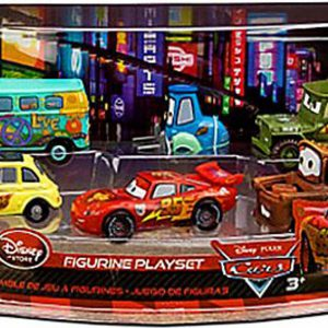 Disney / Pixar CARS Movie Exclusive PVC Figurine Playset Lightning McQueen Pit Crew Includes Luigi, Guido, McQueen, Mater, Sarge Filmore