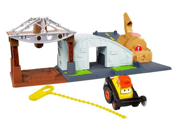 Disney Planes: Fire & Rescue Riplash Flyers Rip N Rescue Headquarters Playset
